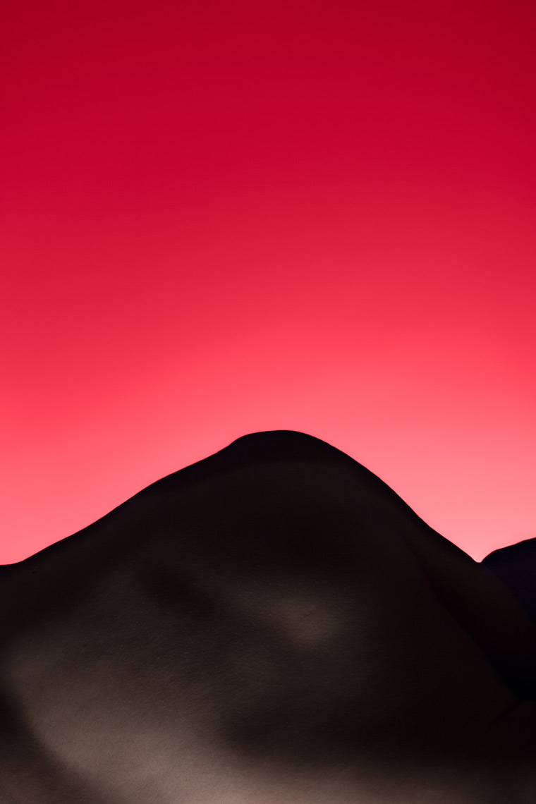 Felix Ossa - Andes - Photography Installation - Abstract form of a mountain